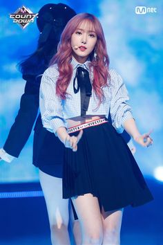 screenshot gallery of hottest popular celebrities Stage Outfits, Kpop Outfits, South Korean Girls, Korean Girl Groups, Sinb Gfriend, Blackpink Members, Entertainment, G Friend, Blackpink Jisoo