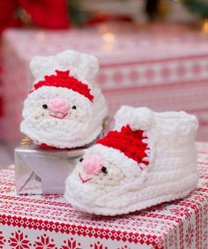 Child's Santa Slippers DESIGNED BY Michele Wilcox Free Crochet Pattern Available from Red Heart Yarns
