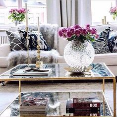 This is a chic coffee table that will give a feminine touch to every room.  #homedecorideas #coffeetables #interiordesign