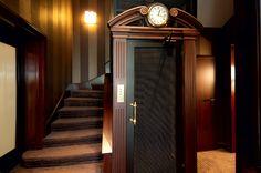 At Kefalari Suites Hotel old age charm meets contemporary luxury/ Annita Kalimeris - See more at: https://www.archisearch.gr/design/kefalari-suites-annita-kalimeris/#sthash.FcU4XDJQ.dpuf