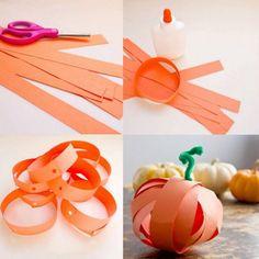 Herbstliches-basteln-Kindern-Tonpapier-Kuerbis-Idee