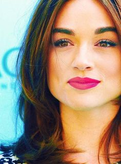 crystal reed.,,,,,,,,,,,,.,,,,,,,..........,,,,,,,,,,