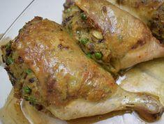 Gödöllői töltött csirke Meat Recipes, Indian Food Recipes, Cooking Recipes, Bulgarian Recipes, Poultry, Nutella, Food Videos, Bacon, Food And Drink