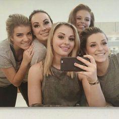 Dressing room fun at Brittany, Logan, Jordan, Victoria & Jennifer💋 Best Series, Best Tv Shows, Best Shows Ever, Le Studio Next Step, Step Tv, Logan, Amanda, Victoria B, Chloe