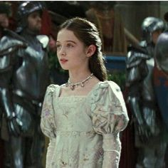 A true princess and queen, worthy of her throne. What a pity she had to ascend at such a young age. Story Characters, Fantasy Characters, Female Characters, Story Inspiration, Writing Inspiration, Character Inspiration, High Fantasy, Medieval Fantasy, Narnia
