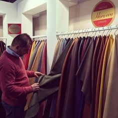 Selecting the finest leathers for Fabula bespoke shoes at @lineapellefair in Milan. ------------------------------------------  Order:info@fabulashoes.com ------------------------------------------#fabulashoes #fabula_bespoke_shoes #bespoke #madetoorder #madetomeasure #handwelted #shoemaker #gentlemen #lineapelle #leathercraft #leathershoes #horween #horweenleather #cordovan #cordovanshoes #sartorial #styleforum #shoegazing #shoelover