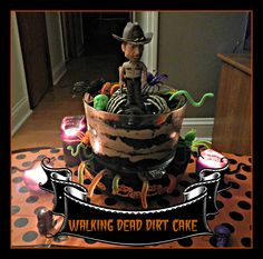 Walking dead cake i whipped up for the season 4 Premier for me and my hot chick