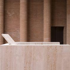 Il tempio di Cremazione a Parma (2009) | Paolo Zermani : Zermani Associati Studio di Architettura | Photo © Mauro Davoli