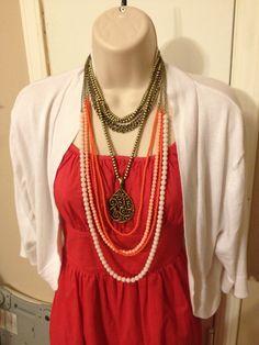 Papaya necklace with Baroque enhancer
