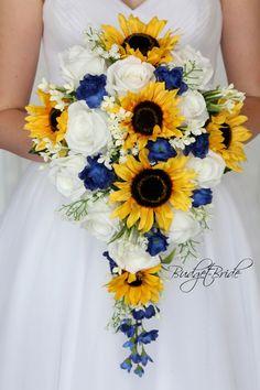 Wedding Flower Guide, Wedding Boquette, Wedding Venues, Trendy Wedding, Wedding Rings, Wedding Dresses, Wedding Summer, Wedding White, Wedding Advice