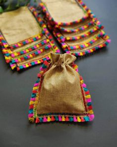 Unleash the creativity in you as you make these simple DIY wedding favors while you are still quarantining. DIY mehendi favors at ShaadiWish. Wedding Favours To Make, Wedding Gift Baskets, Wedding Gift Wrapping, Wedding Crafts, Wedding Hamper, Wedding Favor Bags, Indian Wedding Gifts, Desi Wedding Decor, Ramadan Crafts