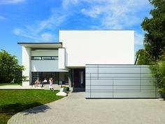 Funktionale Anmut: im Inneren erwarten einen offene, durch Stufen oder Deckenaussparungen modellierte Grundrisse   Alexander Brenner Architekten ©Zooey Braun, Stuttgart