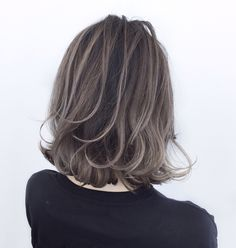 Pin on ボブヘアー Pin on ボブヘアー Medium Hair Cuts, Long Hair Cuts, Medium Hair Styles, Short Hair Styles, Ombre Hair, Balayage Hair, Cool Brown Hair, Love Hair, Layered Hair