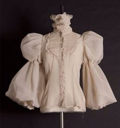maybe less volume, but the style is a good fit Lolita Fashion, High Fashion, Womens Fashion, Fashion Art, Victorian Fashion, Vintage Fashion, Victorian Shirt, Poses References, Cool Outfits