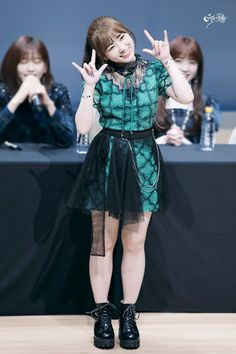 181109 Sangam S-Flex fan signing Kpop Girl Groups, Kpop Girls, Yu Jin, Japanese Girl Group, Kim Min, Swag Outfits, Our Girl, Girl Crushes, Korean Girl