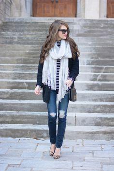 Those jeans Oversized... (via Bloglovin.com )