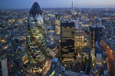The City of London is lined with high-end bars and ritzy restaurants. Check out all of our top tips and suggestions below, in 'Where to Eat in the City of London'. City Of London, London Eye, London Night, Piccadilly Circus, Air France, London England, Gherkin London, Skyline Von London, 30 St Mary Axe