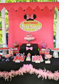 Minnie Bow-tique Candy Buffet