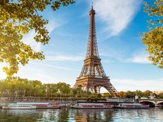Visit the city of love and have a magical trip.. Paris, je t'aime..