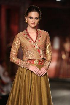 Anju Modia India Couture Week #wedmegood
