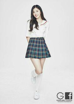 Pledis Girlz, Girls In Mini Skirts, School Dresses, Asian Doll, Famous Women, Asian Style, Ulzzang Girl, Skirt Fashion, Kpop Girls