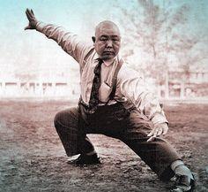 Grandmaster Wang Shujin Master Wang Shujin was known for being an innovator and the first teacher to teach the Taijiquan, Xingyiquan, and Baquazhang in the country of Japan He established the Cheng Ming School in Taiwan and Japan. Xing Yi Quan, Tai Chi, Karate, Marshal Arts, Fighting Poses, Chinese Martial Arts, Martial Artists, Action Poses, Qigong