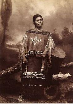 :::::::: Vintage Photograph :::::::::  Chiricahua Apache Woman  Elsie Vance Chestuen
