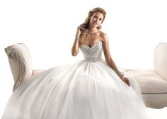 Real brides� favourite Maggie Sottero wow with new gowns for 2014