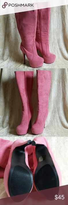"""Salmon/coral boots, sz 7 Amoroso,  by AMI.   Absolutely stunning color!!  Never worn except for this pic! !  So beautiful! !  Time to get your sexy on!!  Faux suede.  6"""" heel,  2"""" hidden platform Ami Shoes Heeled Boots"""