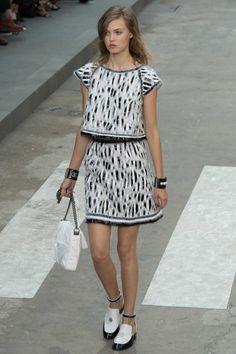 Chanel ready-to-wear spring/summer '15 gallery - Vogue Australia