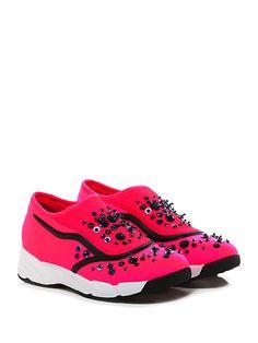 Uma parker - Sneakers - Donna - Sneaker in tessuto elasticizzato e retina con multi pietre e strass su tomaia. Inserti in pvc, suola in gomma, tacco 45, platform 25 con battuta 20. - FUXIA - € 119.00