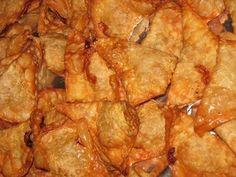 Pork fried Dumplings and peanut sauce