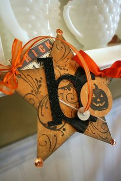 Halloween ornament. Love this one. I'm going to make.
