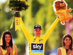 Team Sky rider Chris Froome of Great Britain celebrates winning the 2015 Tour de France. Chris Froome, Cycling Motivation, Champs Elysees, Great Britain, Tours, Sky, Holiday Decor, Celebrities, Paris France