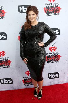 Meghan Trainor rocks the iHeartRadio Music Awards 2016