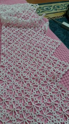Diy Crafts - Crochet scarf granny square table runners 51 Ideas for 2019 Crochet Mittens Free Pattern, Crochet Skirt Pattern, Crochet Stitches Free, Basic Embroidery Stitches, Crochet Wool, Granny Square Crochet Pattern, Crochet Gloves, Crochet Round, Crochet Motif