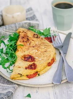 Just four simple ingredients for a fluffy plant based omelette you can enjoy with loads of different fillings. Veg Recipes, Plant Based Recipes, Whole Food Recipes, Dinner Recipes, Healthy Recipes, Breakfast Bites, Savory Breakfast, Vegan Omelette, Plant Based Breakfast