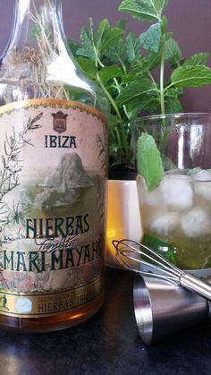 Hierbas de Ibiza / Local island liqueur made from herbs & spices - Eivissa