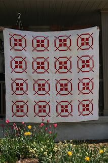The Cozy Quilter: Red and White Quilt