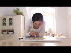 Stříkaná poleva z bílků - návod na přípravu - YouTube Charleston, Youtube, Cookies, Pastries, Youtubers, Youtube Movies