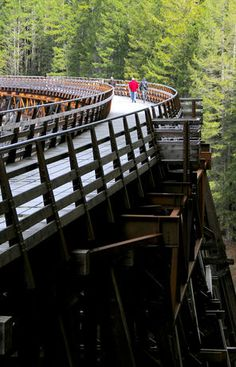 B.C.'s pretty Cowichan Valley has fine walks as well as wine | Outdoors | The Seattle Times This old railway is about a 10 min drive from my home.. If you come to the island please stop by and have a look!