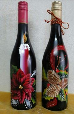 icu ~ Pin on Lighted wine bottles ~ This Pin was discovered by Shelly's Creations. Wine Bottle Glasses, Empty Wine Bottles, Recycled Wine Bottles, Wine Bottle Art, Painted Wine Bottles, Lighted Wine Bottles, Glass Bottles, Decorated Bottles, Wine Glass