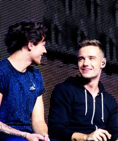 Louis Tomlinson and Liam Payne One Direction