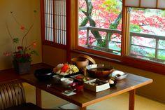 <15>「水辺の私邸」で、紅葉を心ゆくまで - 絶景ホテル - 朝日新聞デジタル&w