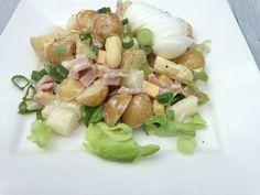 Salade met asperges, krieltjes en ham.