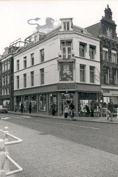 Historisch Centrum Leeuwarden - Beeldbank Leeuwarden het friese schathuis hoek sint jacobsstraat-naauw'74