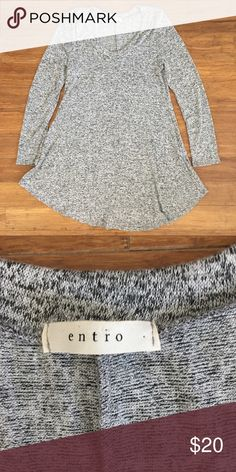 Entro Grey Dress - Size Medium Long sleeve dress, great for summer or fall with leggings and boots. Entro Dresses Midi