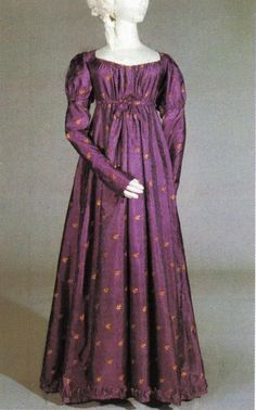 https://www.facebook.com/HistoricalSewing/photos/a.150816368309779.29198.100953443296072/1149325885125484/?type=3