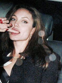Sona — Angelina moood
