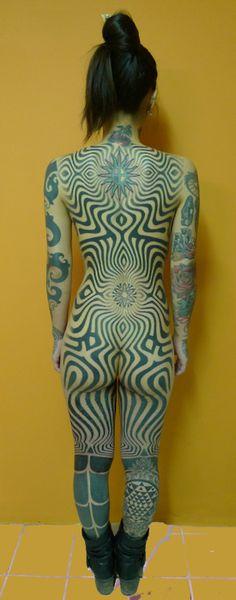 Hypnotic. Insanely extreme tattoo